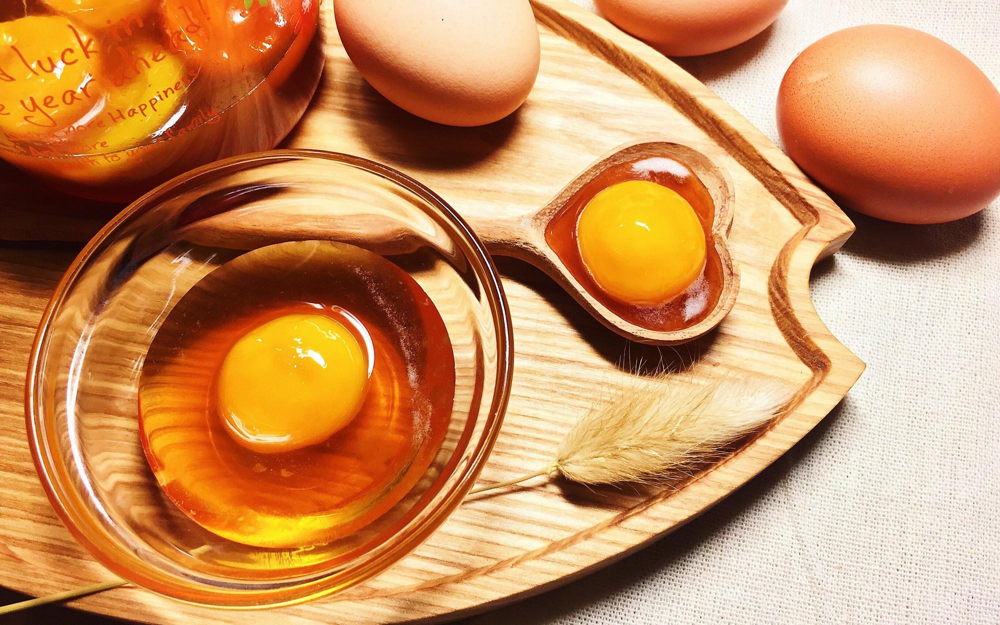 Trứng gà ngâm mật ong tốt cho bà bầu