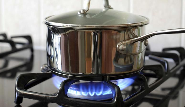 Cách nấu cơm nếp bằng bếp ga