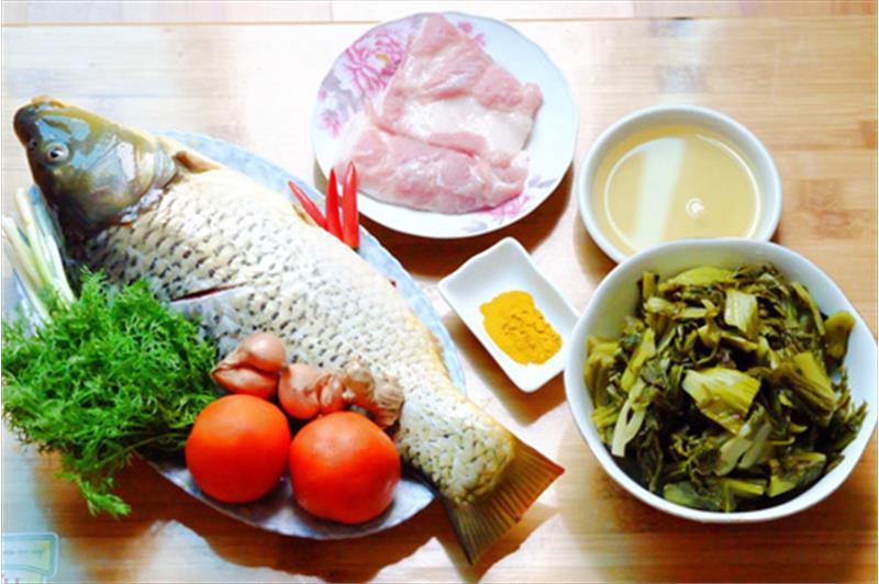 nguyên liệu cá chép om dưa