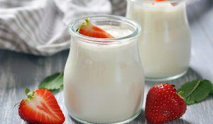 Mách bạn cách chọn nguyên liệu để có công thức làm sữa chua ngon nhất